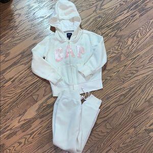 Gap Girls fleece jacket and pant set size 6-7